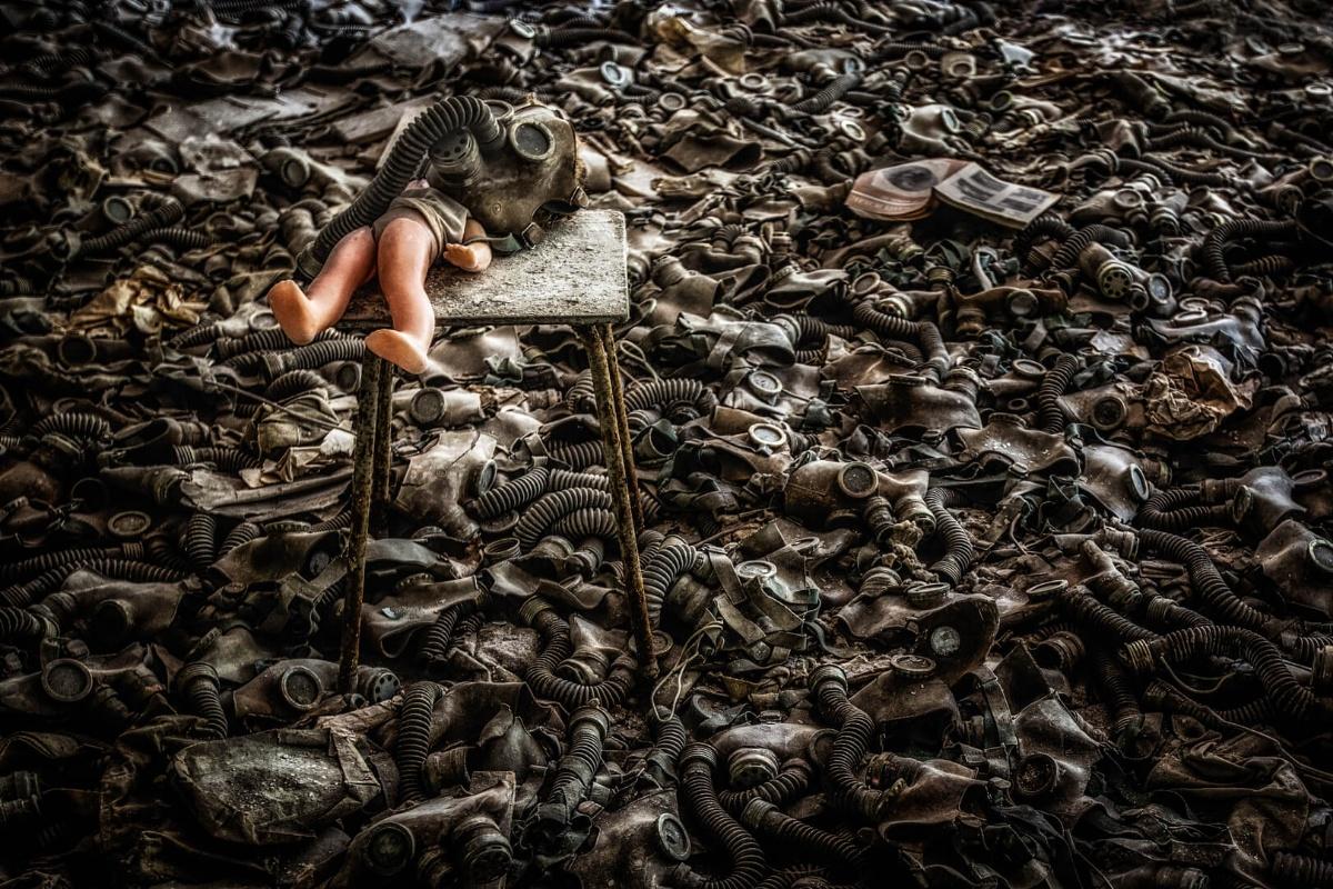 9_Roland Hank - Field of tears